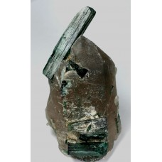 Tourmaline, var. Elbaite on Quartz