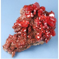 Vanadanite on Barite