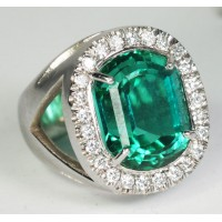 Tourmaline and Diamond Ring in 14Kt Gold